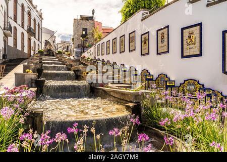 Landschaft mit berühmten Paseo de Canarias Straße auf Maspalomas, Gran Canaria, Kanarische Inseln, Spanien - Stockfoto