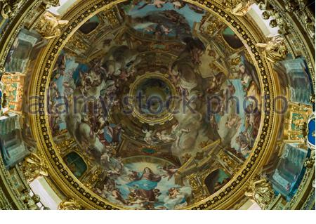Innenansicht der Kathedrale Basilica della Santissima Annunziata del Vastato in Genova (Genua) mit dem berühmten Fresko Meisterwerk Giovanni Andrea Ansaldo - Stockfoto