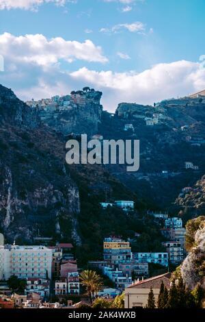 Stadt von Taormina (Sizilien/Italien) - Stockfoto
