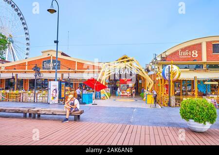 BANGKOK, THAILAND - 15 April, 2019: Asiatique sun ist ein modernes und beliebtes Einkaufszentrum am Ufer des Chao Phraya Fluss mit Vielfalt an Vergnügungen, auf Ap - Stockfoto