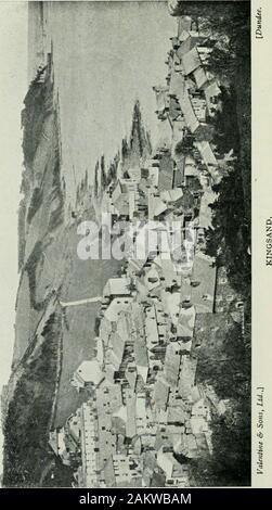 Eine bildhafte und anschauliche Anleitung zu Plymouth, Stonehouse und Devonport mit Exkursionen durch Fluss, Straße und Meer. Die EDDYSTONE LIGHTHOUSE. I. ymouth, 23 IRcigaU.. Die EDDYSTONE LIGHTHOUSE 101 die Aufmerksamkeit auf die Planung eines anderen Leuchtturm, diese timeof Stein. Das Material wurde onland vorbereitet und dann zum Felsen, wo es war, allput zusammen in etwa sechzehn Wochen vermittelt, und so securelycemented zum Riff, dass es die Stürme des theEnglish Kanal für fast sechs Ergebnis Jahre trotzte. Die removalof Smeatons Turm war notwendig, um nicht auf Konto ofdefect oder Verschleiß im Gebäude selbst, aber - Stockfoto