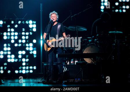 Torino, Italien. Januar 2020. Niccolò Fabi trat am 12. Januar 2020 im italienischen Turin am Theater Colosseo auf. (Foto von Alessandro Bosio/Pacific Press) Credit: Pacific Press Agency/Alamy Live News - Stockfoto