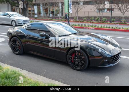 Schwarzen Ferrari California Stockfotografie Alamy
