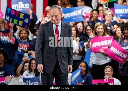 New York, Vereinigte Staaten. 15 Jan, 2020. Bürgermeister Mike Bloomberg besucht die Frauen für Mike am 15. Januar 2020 in New York City, New York. Credit: Foto Access/Alamy leben Nachrichten - Stockfoto