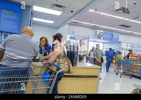 Miami Florida Wal-Mart Walmart einkaufen Kundendienst kehrt zurück - Stockfoto