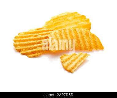 Kartoffelchips isoliert auf weißem Hintergrund - Stockfoto