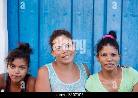 Kubanische Familie, Camaguey - Kuba - Stockfoto