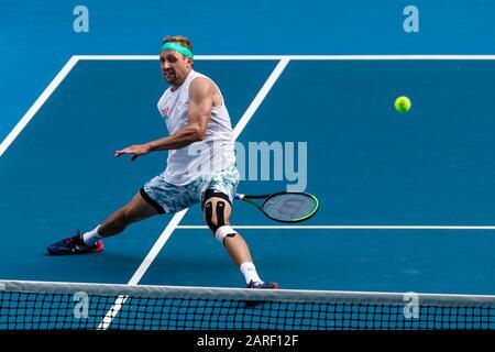 Melbourne, Australien. Januar 2020. Tennis: Grand Slam, Australian Open. Herren, Einzel, Sechzehner-Runde, Sandgren (USA) - Federer (Schweiz). Tennis-Sandgren ist in Aktion. Credit: Frank Molter / dpa / Alamy Live News - Stockfoto