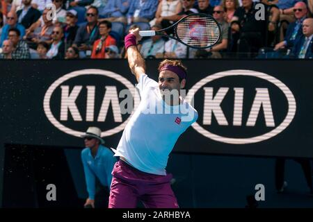 "Melbourne, Australien. Januar 2020. Roger Federer aus der Schweiz beim Match ""Australian Open Tennis Championship Day 9"" 2020 im Melbourne Park Tennis Center, Melbourne, Australien. Januar 2020. ( © Andy Cheung/ArcK Images/arckimages.com/UK Tennis Magazine/International Sports Fotos) Credit: Roger Parker/Alamy Live News - Stockfoto"