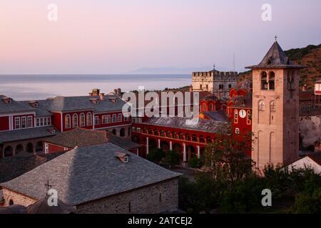 Mount Athos, Griechenland. 2011/7/27. Das heilige und Große Kloster von Vatopedi - ein ostorthodoxen Kloster auf dem Berg Athos, Griechenland. - Stockfoto