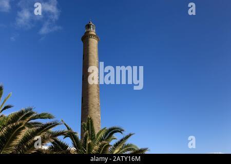 Leuchtturm von Maspalomas, El Faro de Maspalomas, historisches Wahrzeichen und Touristenziel im Süden Gran Canarias, Kanarische Inseln - Stockfoto