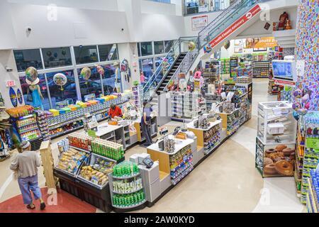 Miami Beach Florida Walgreens Draufsicht Kasse Zähler Einzelhandel anzeigen - Stockfoto