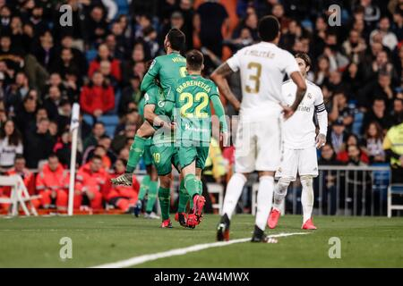 """Estadio Santiago Bernabeu, Madrid, Spanien. Februar 2020. Die Fußballspiele der Fußballklasse """"Copa Del Rey"""", """"Real Madrid"""" und """"Real Lieddad""""; Mikel Merino (Real Lieddad) feiert sein Tor, das es in der 69. Minute zu 1:4 schaffte: Action Plus Sports/Alamy Live News - Stockfoto"""