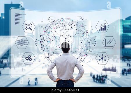 Visualisierungstechnologie für Big-Data-Analysen mit Wissenschaftlern, die die Informationsstruktur auf dem Bildschirm analysieren und maschinelles Lernen zur Strategic-pred-Extraktion durchführen