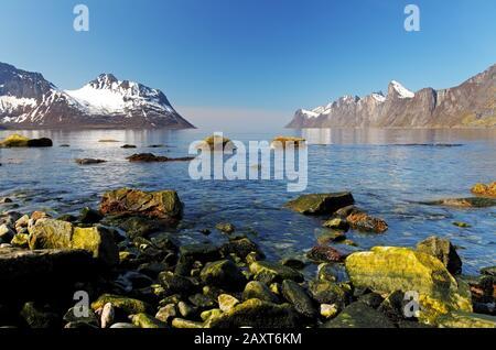 Norwegen Fjord in Senja, Norwegen - Stockfoto