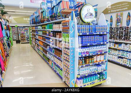 Miami Beach Florida Walgreens Apotheke Drogerie einkaufen Verpackung Display Verkaufsregal Regale Produkte für Verkauf Gang - Stockfoto