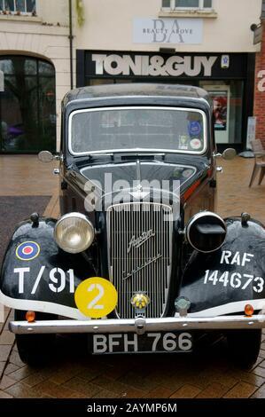 Austin Cambridge on Display at the Rallye Monte-Carlo Historique Passage Control in Banbury, Oxfordshire. - Stockfoto