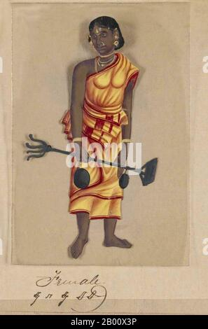 """Handfarbenes Bild, das auf einem dünnen Glimmerblatt aus einem Manuskript mit dem Titel gemalt wurde: """"Zwei Exemplare Der Kaste in Indien"""" (Madura, Südindien: 1837). Das vollständige Manuskript besteht aus 72 handbemalten Bildern von Männern und Frauen der verschiedenen Kasten und religiösen und ethnischen Gruppen, die zu dieser Zeit in Madura, Tamil Nadu, gefunden wurden. Das Manuskript zeigt indische Kleid- und Schmuckschmuck in der Region Madura, wie sie vor dem Beginn der westlichen Einflüsse auf südasiatische Kleidung und Stil auftauchten. Jedes Bildporträt ist in Englisch und Tamil untertitelt, die Titelseite des Werks umfasst - Stockfoto"""