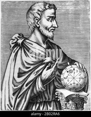 Pythagoras der Samian war ein ionischer griechischer Philosoph, Mathematikhistoriker und Gründer der religiösen Bewegung namens Pythagoreanismus. Die meisten Informationen über Pythagoras wurden Jahrhunderte nach seinem Leben niedergeschrieben, so dass nur sehr wenig verlässliche Informationen über ihn bekannt sind. Er wurde auf der Insel Samos geboren und war möglicherweise in seiner Jugend weit gereist und besuchte Ägypten und andere Orte, die nach Wissen suchten. Pythagoras leistete im späten 6. Jahrhundert v. Chr. einflussreiche Beiträge zur Philosophie und Religion. Er wird oft als großer Mathematikhistoriker, Mystiker und Wissenschaftler verehrt und ist am bekanntesten für die Pyt - Stockfoto