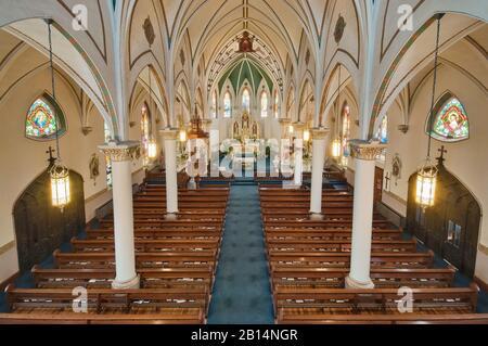 Inneneinrichtung der katholischen St. Mary Kirche, erbaut 1906 in Fredericksburg, Texas, USA - Stockfoto