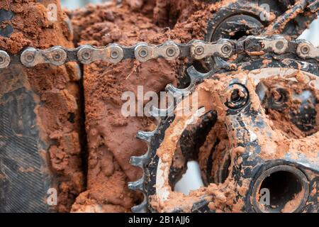 Schlammiger Mountainbike-Reifen - Stockfoto