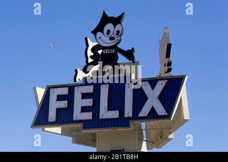Felix Chevrolet Zeichen Für Ein Auto Händler In Los Angeles Kalifornien Stockfotografie Alamy