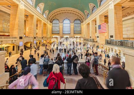 Hauptgericht am Grand Central Terminal, New York City, New York State, Vereinigte Staaten von Amerika. Das 1913 eröffnete Terminal ist als Nati bezeichnet - Stockfoto