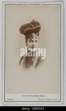Porträt von Delphine Lissy oder Lizy (Schauspielerin) Portrait de Delphine de Lissy ou Lizy, actrice. Avant 1872. Carte de visite (recto). Tirage sur Papier Albuminé. Photographie de Charles Reutlinger (1816-1880). Paris, musée Carnavalet.