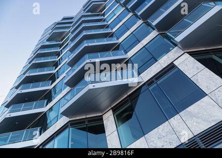Ein Blick in die Perspektive des blauen Gebäudes