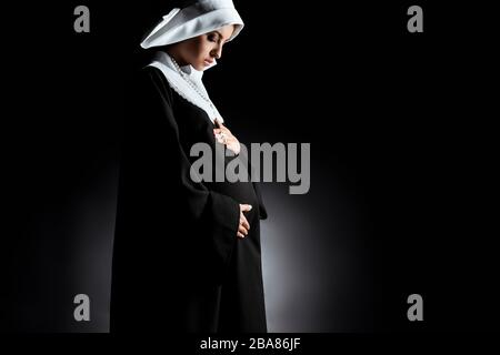 Schwangere nonne