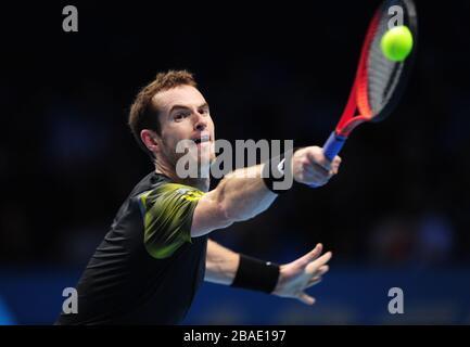 Großbritanniens Andy Murray im Einsatz gegen den Schweizer Roger Federer