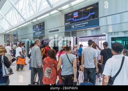 Miami Florida International Airport MIA Ankunft internationaler Flug ankommende Passagiere internationaler Flug Halle p - Stockfoto