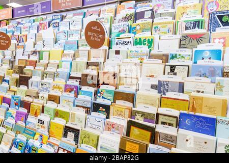 Miami Beach Florida 41st Street Arthur Godfrey Road CVS Pharmacy Apotheke Apotheke für Verkauf Einzelhandel Geschenkkarten Markenzeichen - Stockfoto