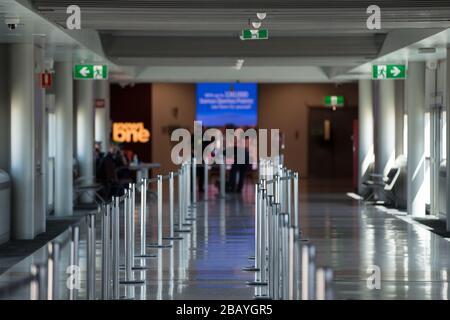 Queensland, Australien, 29. März 2020: Die Begrüßung bei der Ankunft oder Abfahrt des Flughafens - Stockfoto