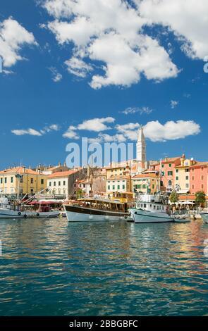 Hafen Rovinj, Rovinj, Region Istrien, Kroatien, Europa - Stockfoto