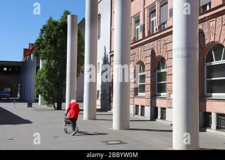 NÜRNBERG, 7. MAI 2018: Weg der Menschenrechte (Straße der Menschen-Rechte) in Nürnberg, Deutschland. Es wurde 1993 eröffnet. - Stockfoto