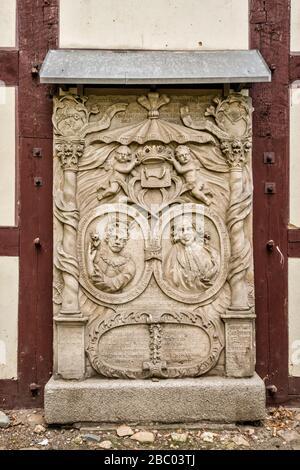 Grabstein mit deutschen Sprachinschriften, Friedenskirche, 17. Jahrhundert, Evangelisch-Augsburger Kirche, in Jawor, Niedermösien, Polen - Stockfoto