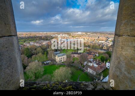 Blick Richtung Norden über York City vom York Minster Cathedral Tower.