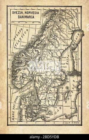 Alte Karte der skandinavischen Halbinsel mit den nordischen Ländern Norwegen und Schweden umgeben von Inselarchipelagos, von Nord- und Ostsee und dem Atlantik - Stockfoto