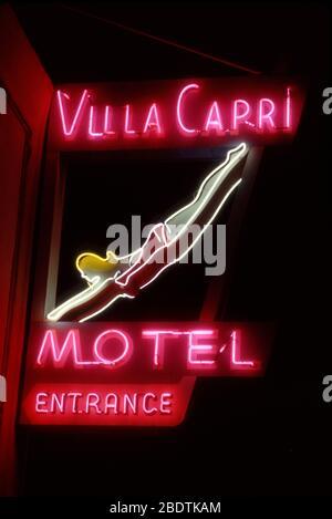 Alte Neon-Zeichen für das Villa Capri Motel in Coroando, CA - Stockfoto