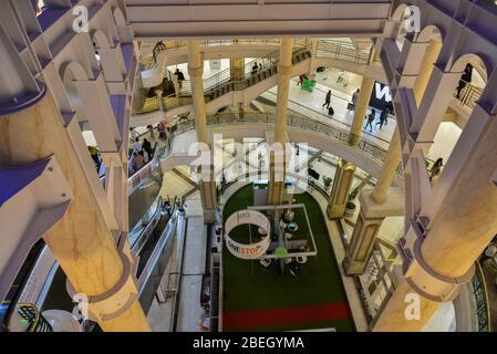 Innenräume des Pavilion Shopping, eines der größten Einkaufszentren in Afrika, Durban, Südafrika - Stockfoto