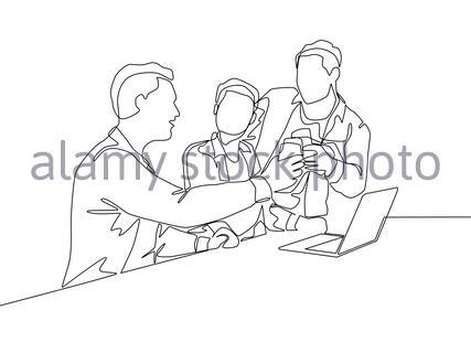 Eine kontinuierliche Linienzeichnung von Multi-Level-Marketing oder MLM Upliner, die Präsentation mit Laptop zu Prospect Downliner Kandidaten. MLM Business Conce - Stockfoto
