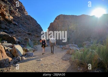 Südafrikanische Outdoor-Fotos von Friedrich von Horsten. Riemvasmaak Canyon, Augrabies Falls. Felsformationen, natürliche heiße Quellen. Kalahari-Wüste Stockfoto
