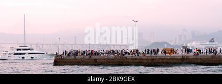 Der berühmte Instagram Pier im westlichen Bezirk, Hongkong, China. - Stockfoto