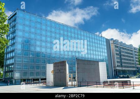 Gebäude des Instituts für arabische Welt in Paris - Stockfoto