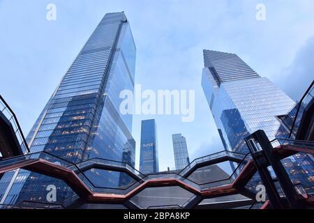New York City, NY, USA - 4. Dezember 2019. Das Schiff, einzigartige Struktur und Besucherattraktion, Teil des Hudson Yards ReDevelopment Project .