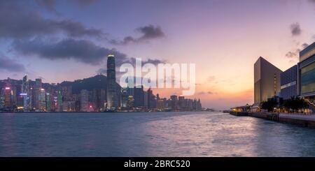 Hong Kong Island Skyline bei Sonnenuntergang, Hong Kong