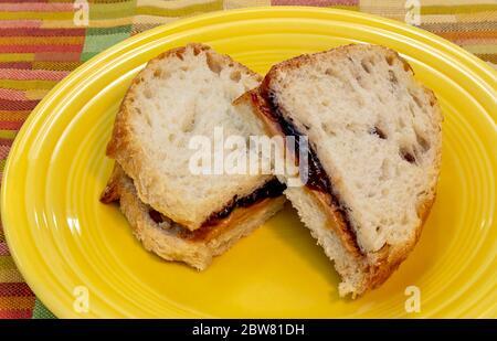Erdnussbutter und Gelee Sandwich, von James D Coppinger/Dembinsky Photo Assoc - Stockfoto
