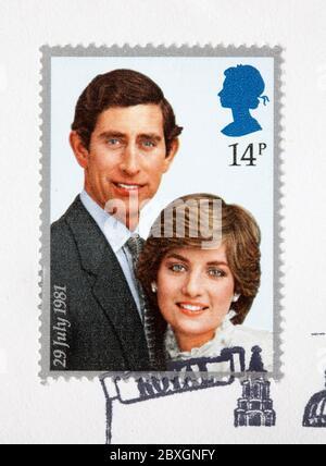 Britische Briefmarken für den ersten Tag - Charles und Diana Hochzeit Stockfoto
