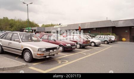1996, der Asda Supermarkt in Orgreave, Sheffield, South Yorkshire, Nordengland, Großbritannien - Stockfoto